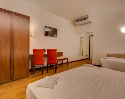Your family room x 3 in the center of Bologna - Best Western Hotel San Donato