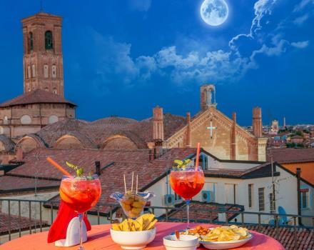 Aperitif admiring Bologna from the trrace of the BW Hotel San Donato