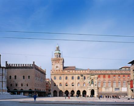 Just a few steps from Piazza Maggiore is the Best Western Hotel San Donato