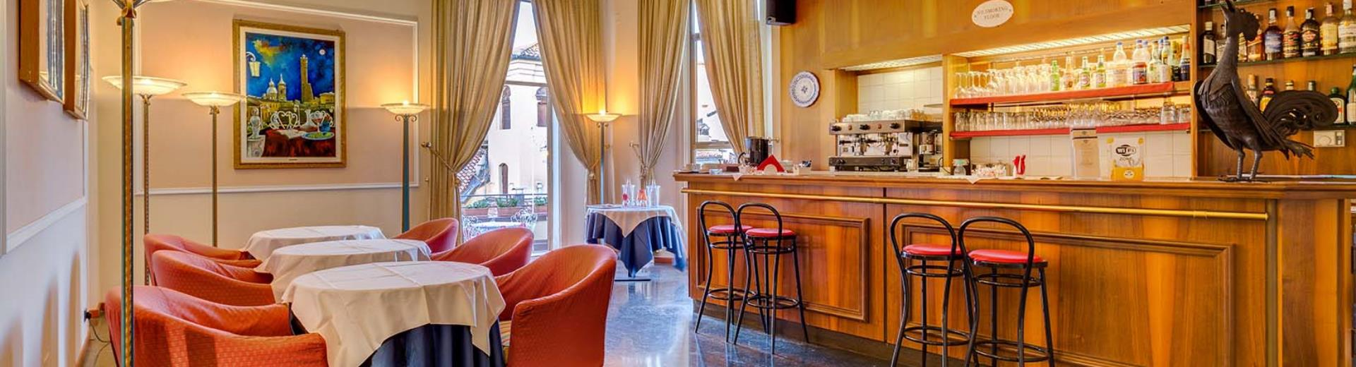 Enjoy a drink in the bar at the best Western Hotel San Donato Bologna Center